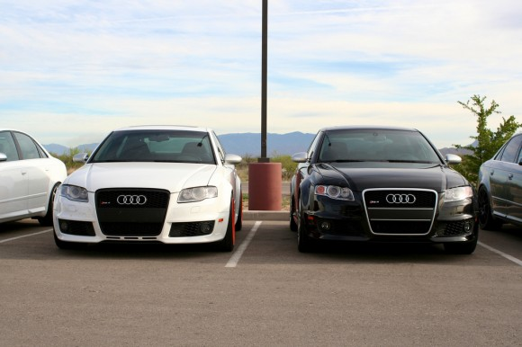 2 Audi RS4s