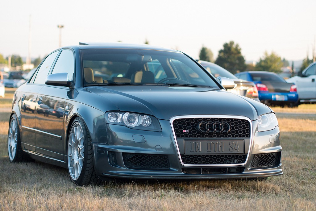 b7 audi rs4 grilles pictures where to buy nick 39 s car blog. Black Bedroom Furniture Sets. Home Design Ideas