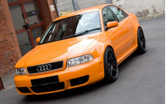 B5 Audi RS4 Sedan