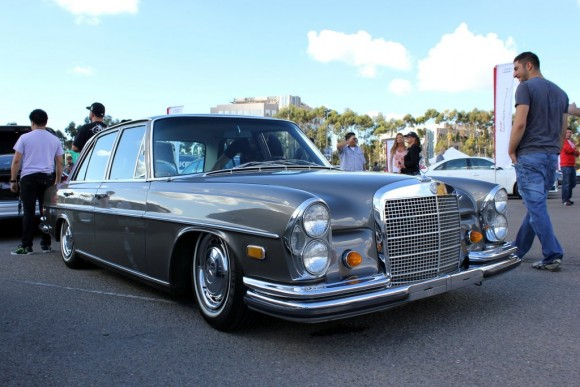 Slammed Old School Benz