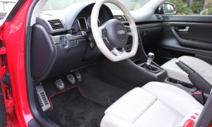 ECS Floormats for B6/B7 Audis – Black with Red Piping